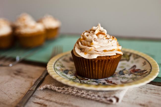 spiced-eggnog-cupcakes-garlands of grace